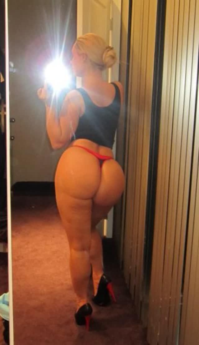 Super Gostosa Nicole Coco Austin nude pelada amateur 17