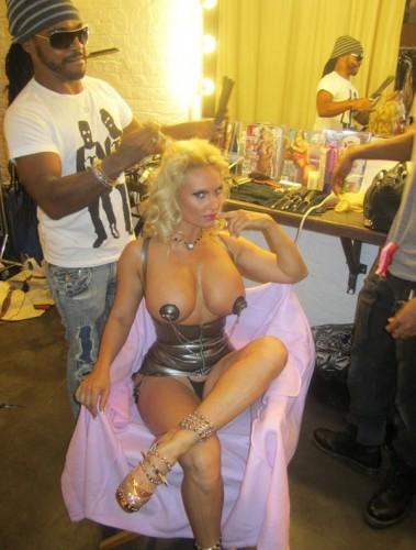 Super Gostosa Nicole Coco Austin nude pelada amateur 26