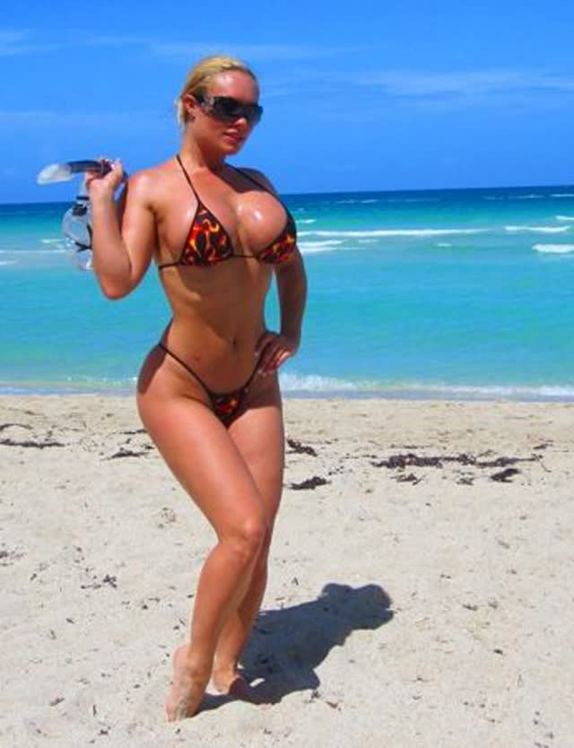 Super Gostosa Nicole Coco Austin nude pelada amateur 42