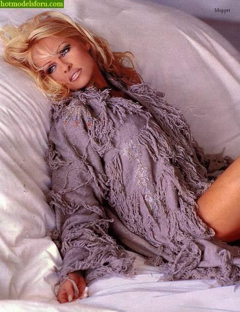 Video e Fotos Pamela Anderson em sexo explícito 17