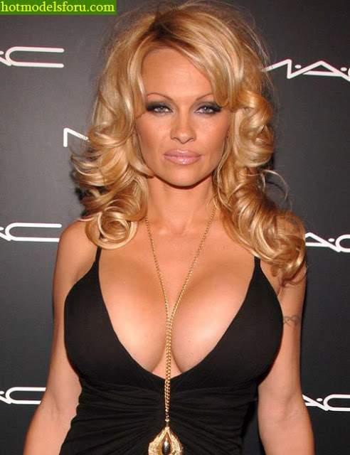 Video e Fotos Pamela Anderson em sexo explícito 24