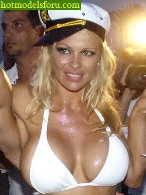Video e Fotos Pamela Anderson em sexo explícito 25