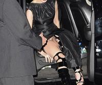 Anne Hathaway é flagrada sem calcinha