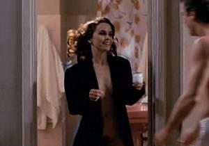 Debora Falabella pelada nua em cena de sexo