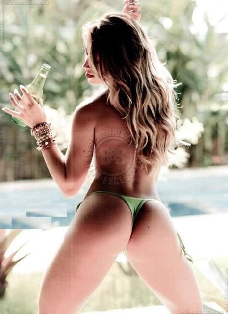 Ensaio sensual da panicat Carol Narizinho 2
