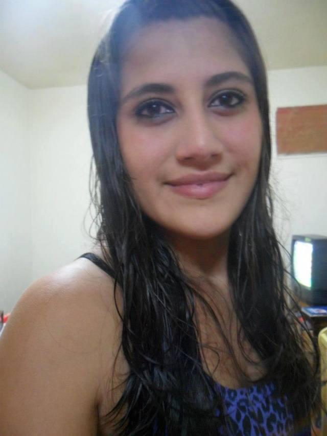 Fotos e vídeo de Karina Veiga que caíram na net 20