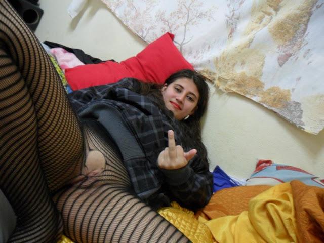 Fotos e vídeo de Karina Veiga que caíram na net 4