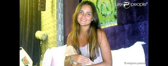 Catarina Migliorini a virgem simula sua primeira vez 5