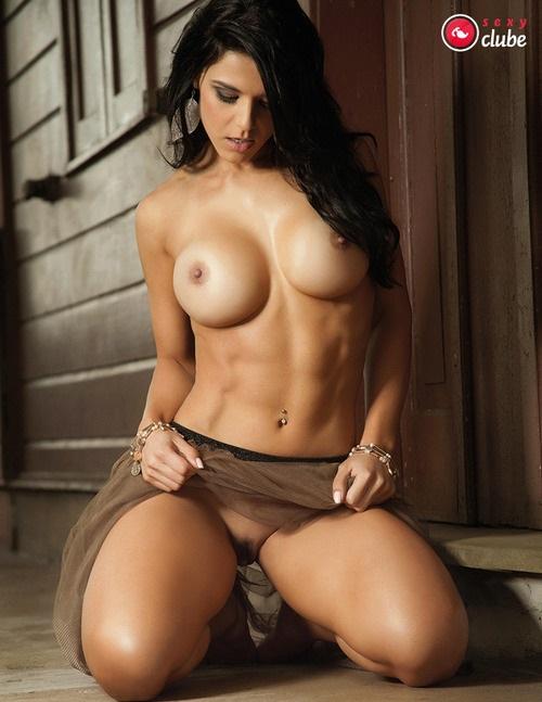 Eva Andressa nua pelada na Revista Sexy 26