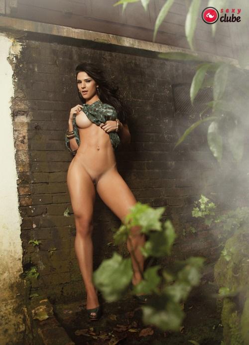 Eva Andressa nua pelada na Revista Sexy 4