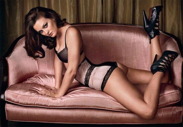 Leighton Meester atriz de Gossip Girl caiu na net 1