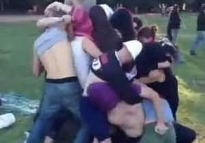 jovens-encenam-suruba-no-parque-da-redencao