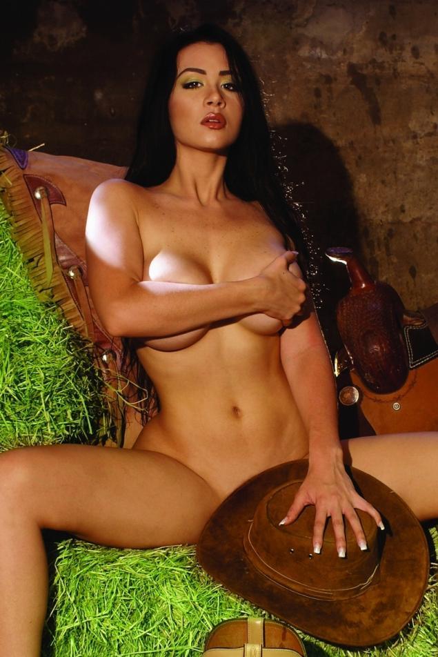 FOTOS E VIDEOS - Com vocês a gostosona Diosa Canales pelada 10