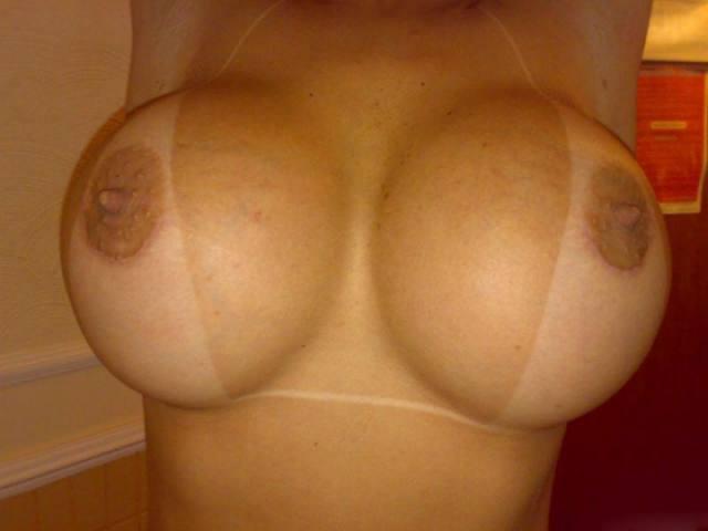 Super gostosona dos peitos siliconada 13