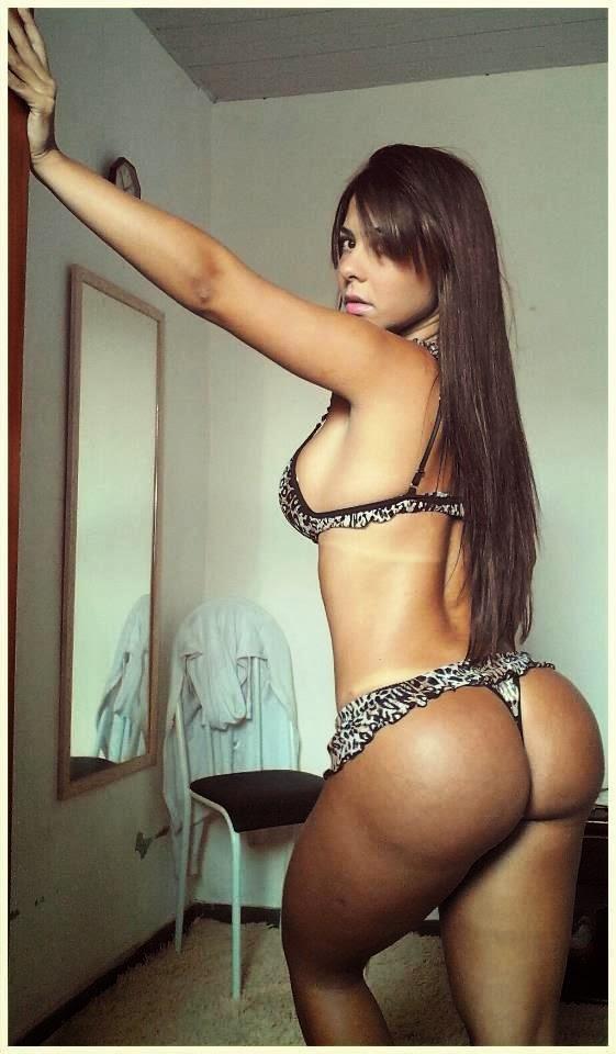 Cavala Paloma Gomes pelada candidata a Miss Bumbum 12