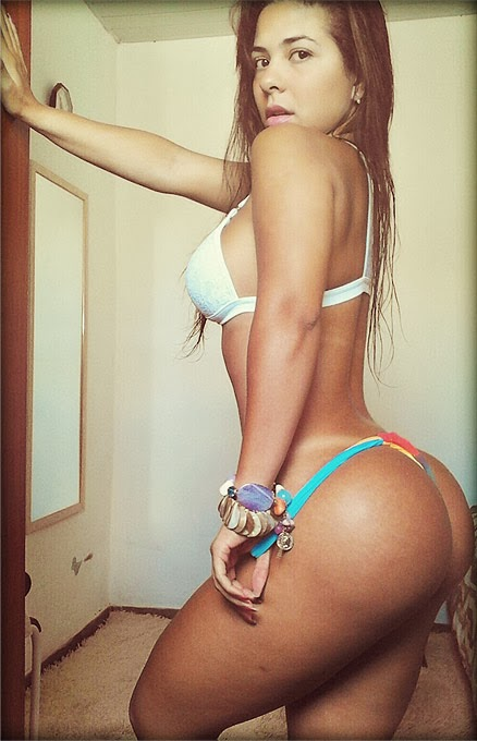 Cavala Paloma Gomes pelada candidata a Miss Bumbum 7