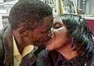 mae-de-40-anos-esta-gravida-de-seu-filho-de-23-e-quer-casar-com-ele
