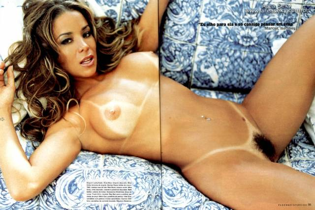 revista-playbpy-Danielle+Winits-outubro-2003-+(16)