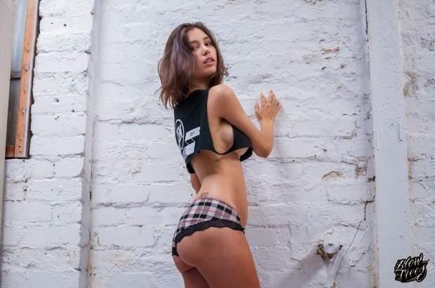 Melanie Raimundo fotos nude gostosa amadora 11