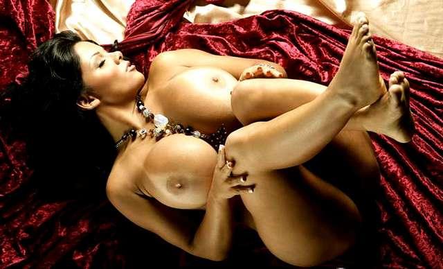 Os maiores seios do mundo Sheyla Hershey nudes