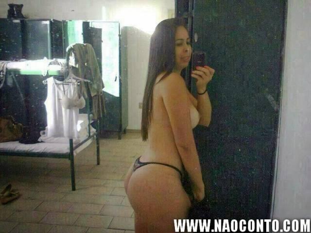 Tenente Renata gostosa do exercito aparece nua em fotos que vazaram na internet 4