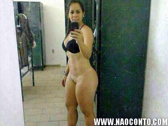 Tenente Renata gostosa do exercito aparece nua em fotos que vazaram na internet 5