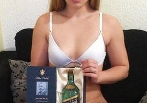 Baixinha loirinha virgem bem gostosa - http://www.naoconto.com
