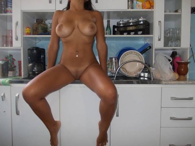 Daniela Safadinha Sem Calcinha 2