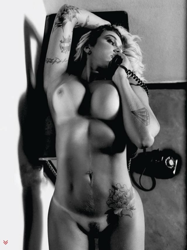 Dani Bolina nua pelada na Sexy de Abril 2014 14