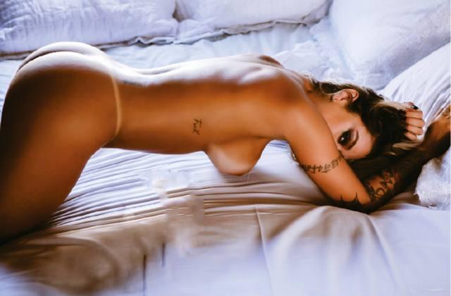 Dani Bolina nua pelada na Sexy de Abril 2014 28