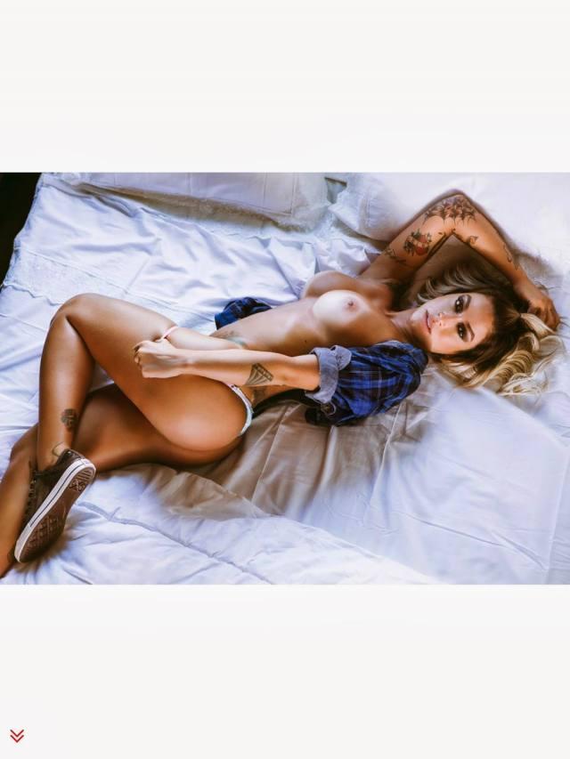 Dani Bolina nua pelada na Sexy de Abril 2014 30