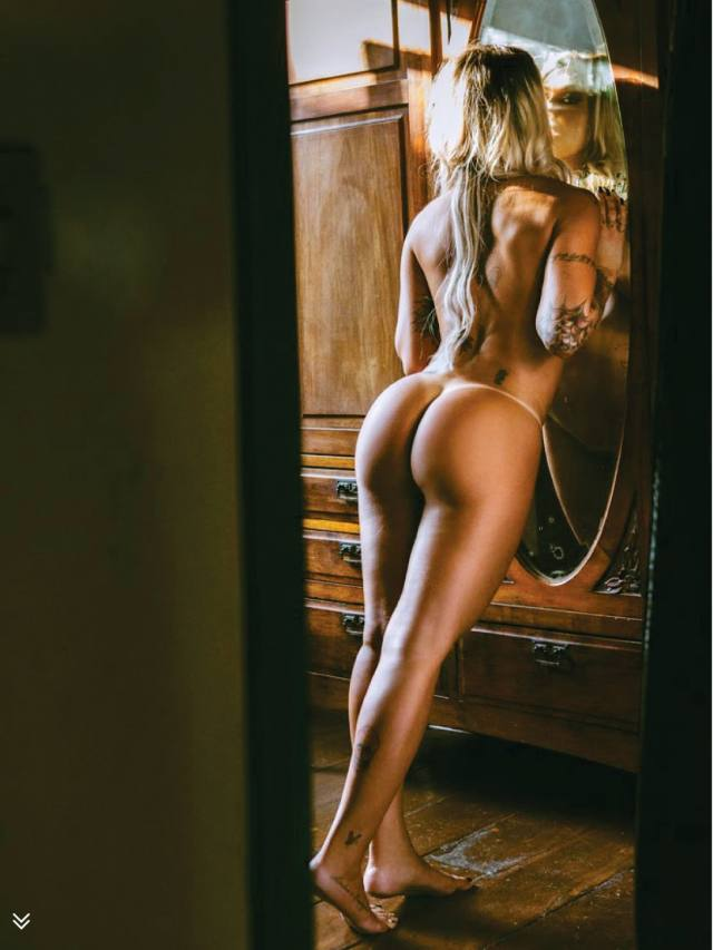 Dani Bolina nua pelada na Sexy de Abril 2014 7
