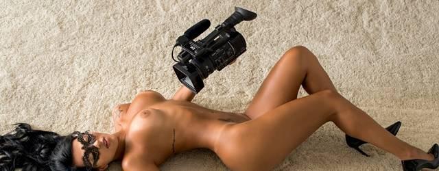 Gaby Fontenelle pelada nua na Playboy de Abril 2014 19