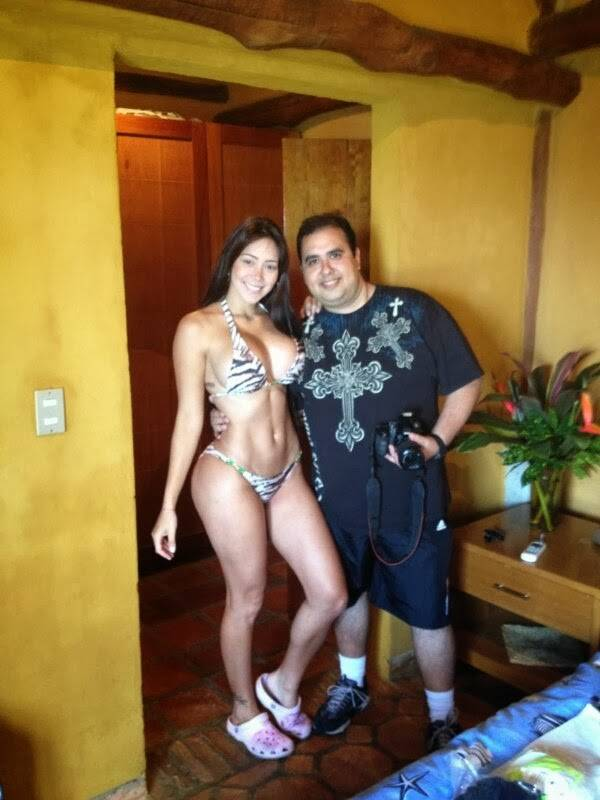Carolia Petkoff a maior bunda natural do mundo fotos videos 25