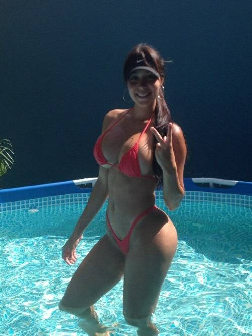 Carolia Petkoff a maior bunda natural do mundo fotos videos 61