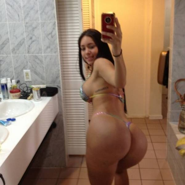 Carolia Petkoff a maior bunda natural do mundo fotos videos 62