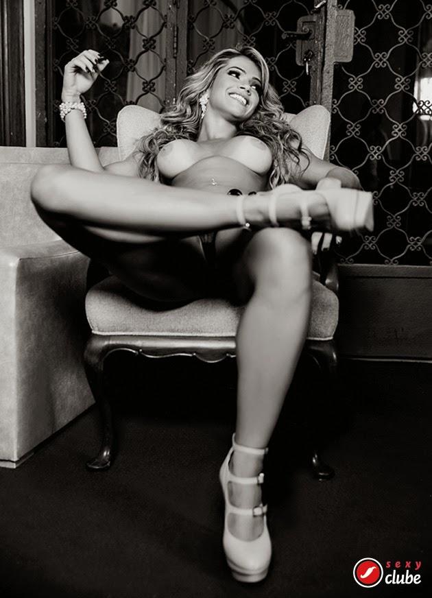 Fani Pacheco pelada nua na Sexy de Maio 2014 23