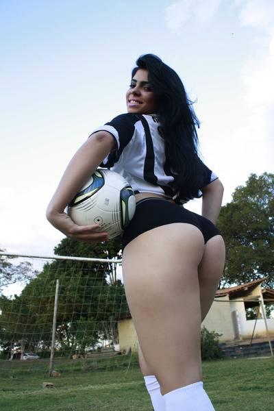 Suposto video de Alyne Hortolani Musa Brasileirao caiu na net 2