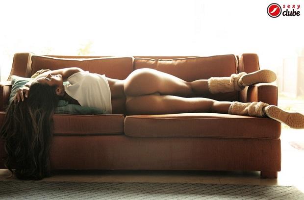 Fotos de Carol Muniz nua na revista Sexy de julho 38