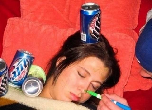 Quando as mulheres ficam bêbadas fazem cada coisa 3
