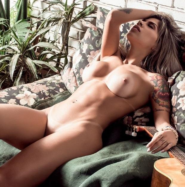 Vanessa Mesquita pelada nua na Playboy BBB14 de Julho (17)