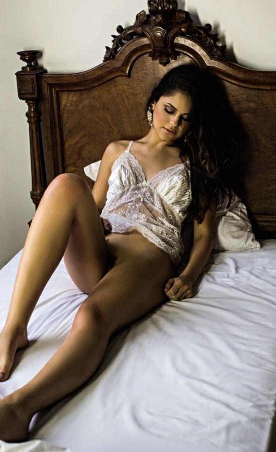 Fotos de Jéssika Alves pelada nua na Playboy de Agosto 2014 20