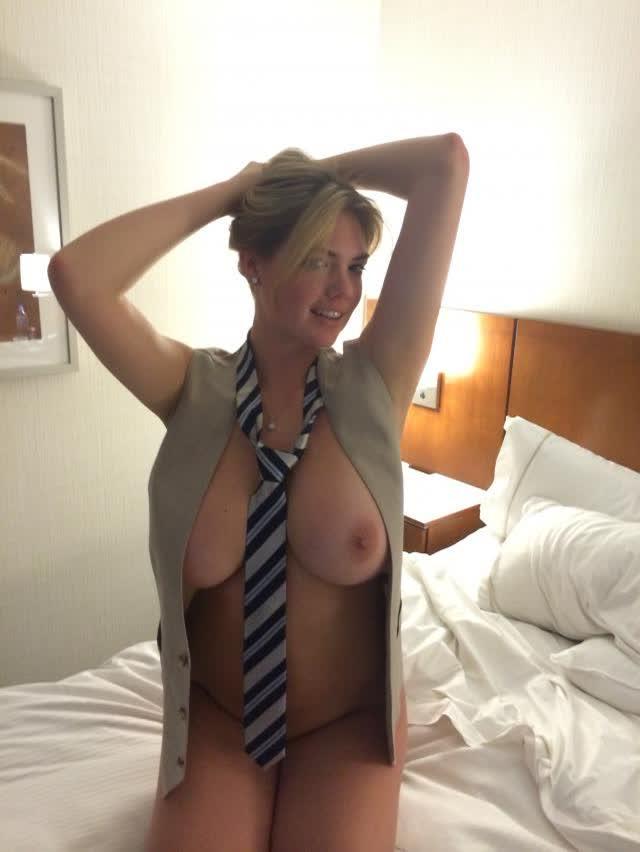 Kate Upton nude sextape amateur 19