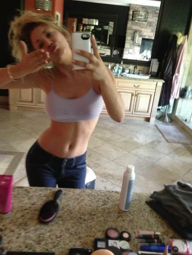 Site vaza fotos de Kaley Cuoco, Victoria Justice, Ariana Grande, Kate Upton e outras famosas nuas naked nude 10