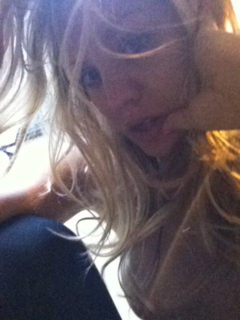 Site vaza fotos de Kaley Cuoco, Victoria Justice, Ariana Grande, Kate Upton e outras famosas nuas naked nude 9