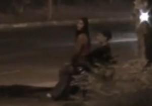 Casal flagrados fazendo sexo na rua em Uberlândia - http://www.naoconto.com