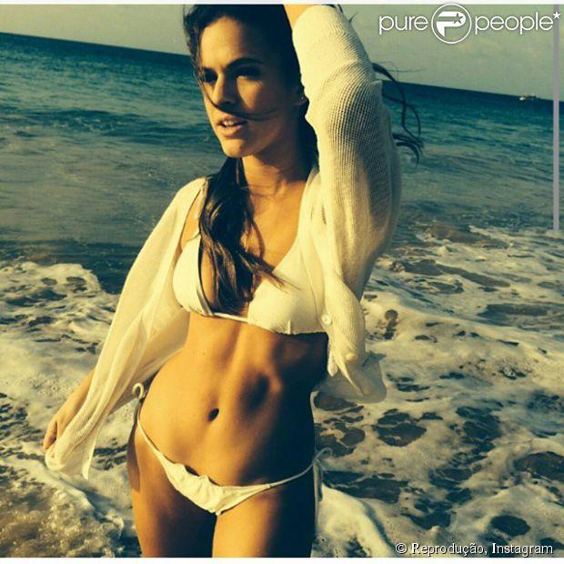 Fotos da Bruna Marquezine na revista VIP de novembro 11