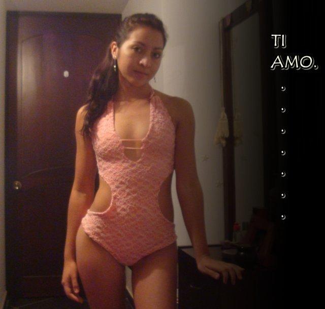 Fotos da medica cubana que caiu na net 11