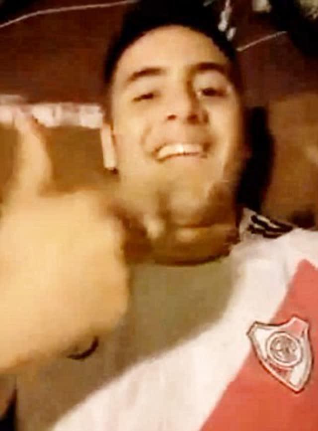 Video da professora argentina fazendo sexo com aluno caiu na net 2