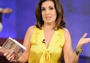 Fátima Bernardes abre livro e mostra seios ao vivo e fica sem graça - http://www.naoconto.com